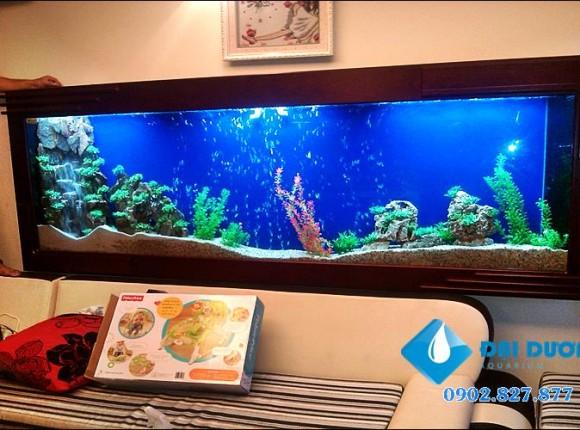Hồ cá treo tường 04