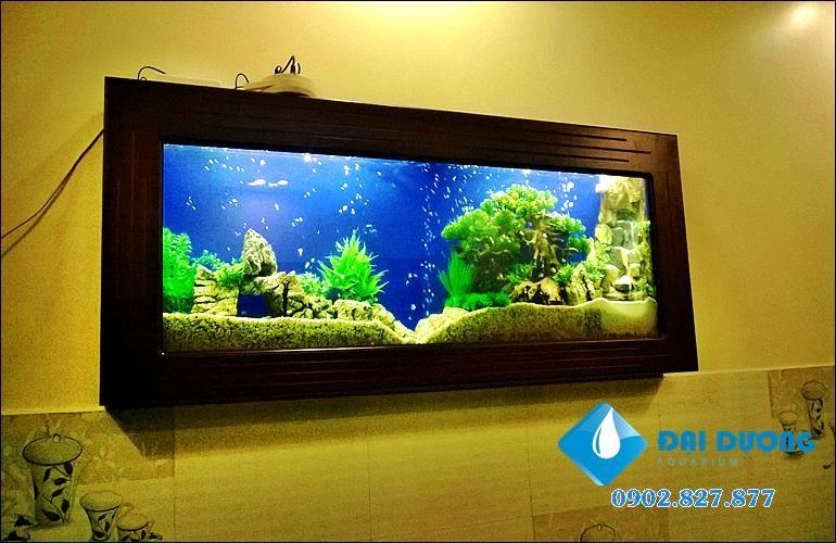 thiết kế bể cá treo tường đẹp